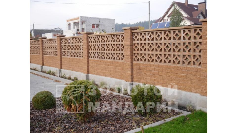 Заборний блок декоративний Золотий Мандарин 300х300х100 мм персиковий